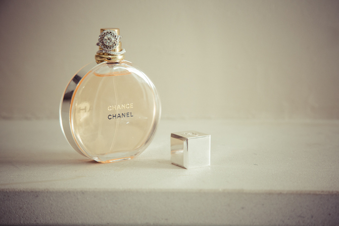 laura-faherty-chance-chanel-perfume-wedding