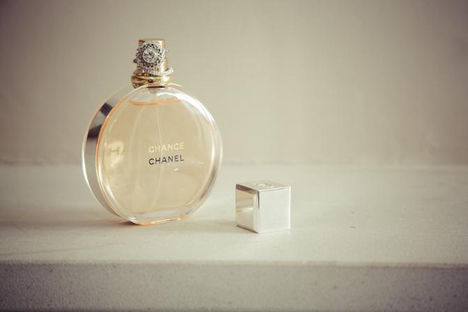 laura-faherty-chance-chanel-perfume-wedding