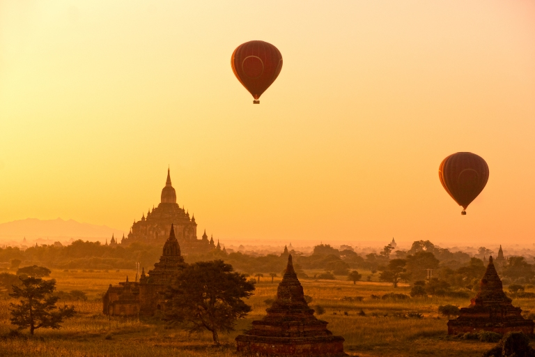 The plain of Bagan at sunset, Myanmar