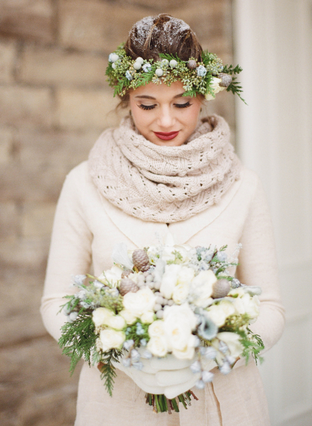 unique-winter-wedding-ideas-bridal-musings-wedding-blog